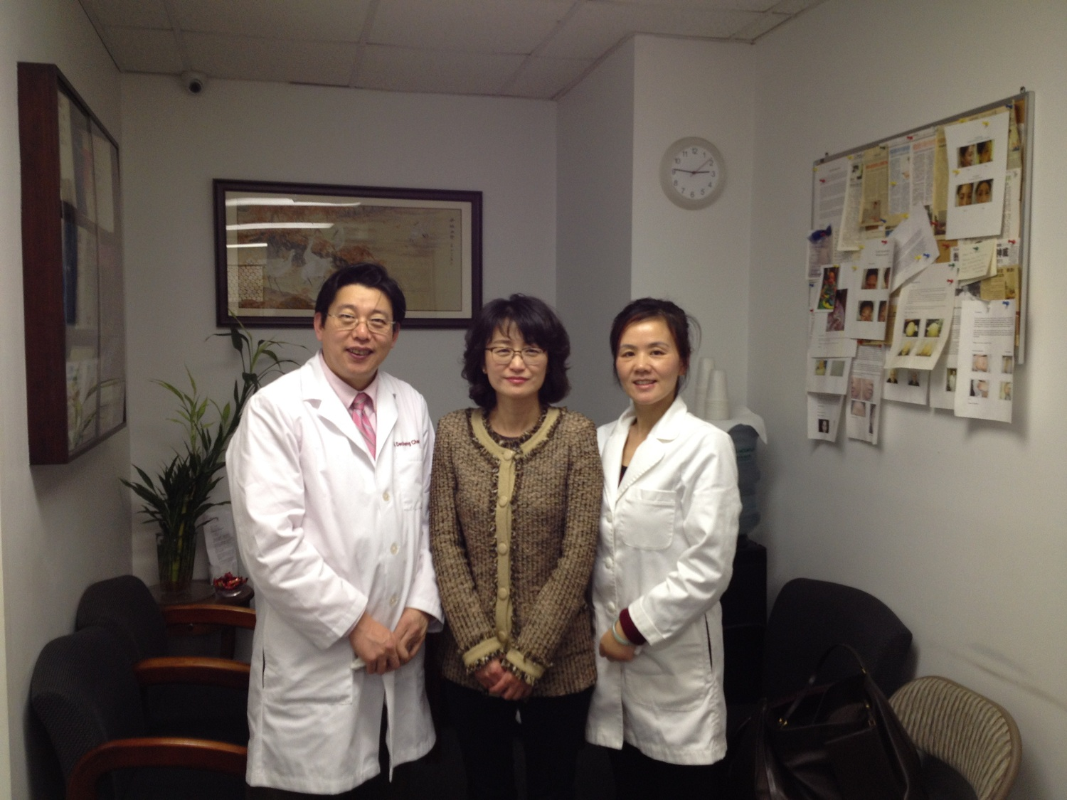 The Korean ambassador's wife, Ji Yeong Pak came to visit our clinic