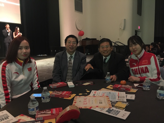 On February 5, 2017,Dr Chen was invited to attend the Spring Festival party for Chinese students in the University of Minnesota, accompanied by students from the university, kong xue and Lin meng(world champion short-track speed skating), and professor go