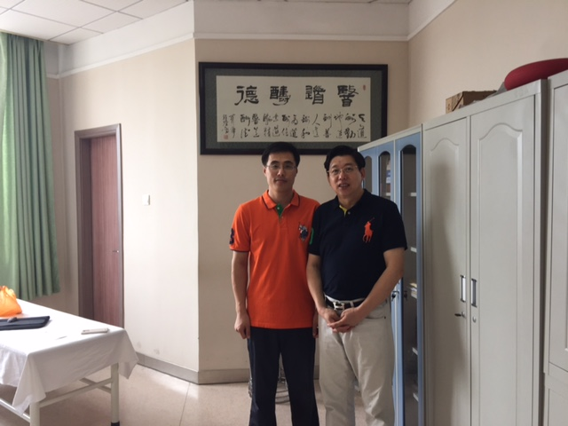 Dr. Decheng Chen Visited Dr. Qi, Wei (Director of Musculoskeletal Dept. of Changchun University of TCM teaching Hospital) on August 28, 2015
